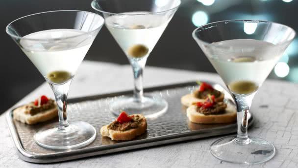 Чем закусывать мартини