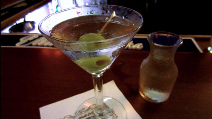 С чем и как пить вермут