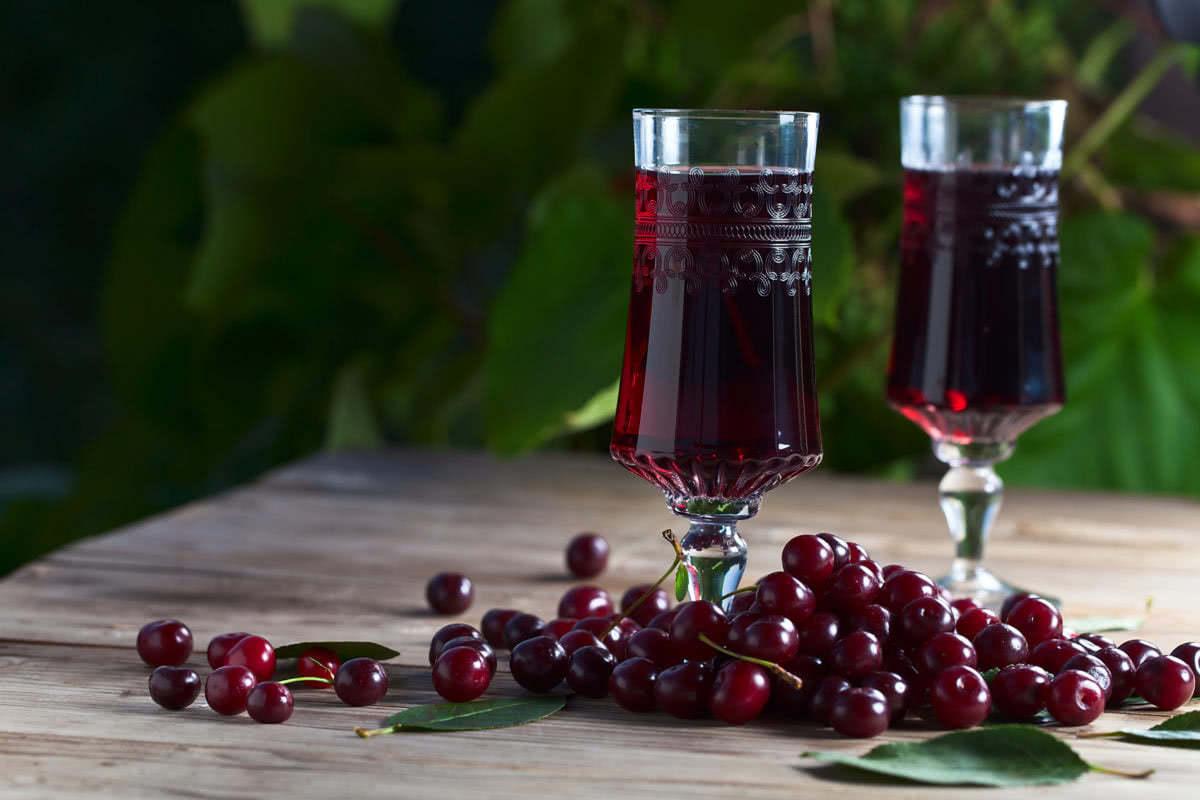 Как сделать вино из вишни в домашних условиях?