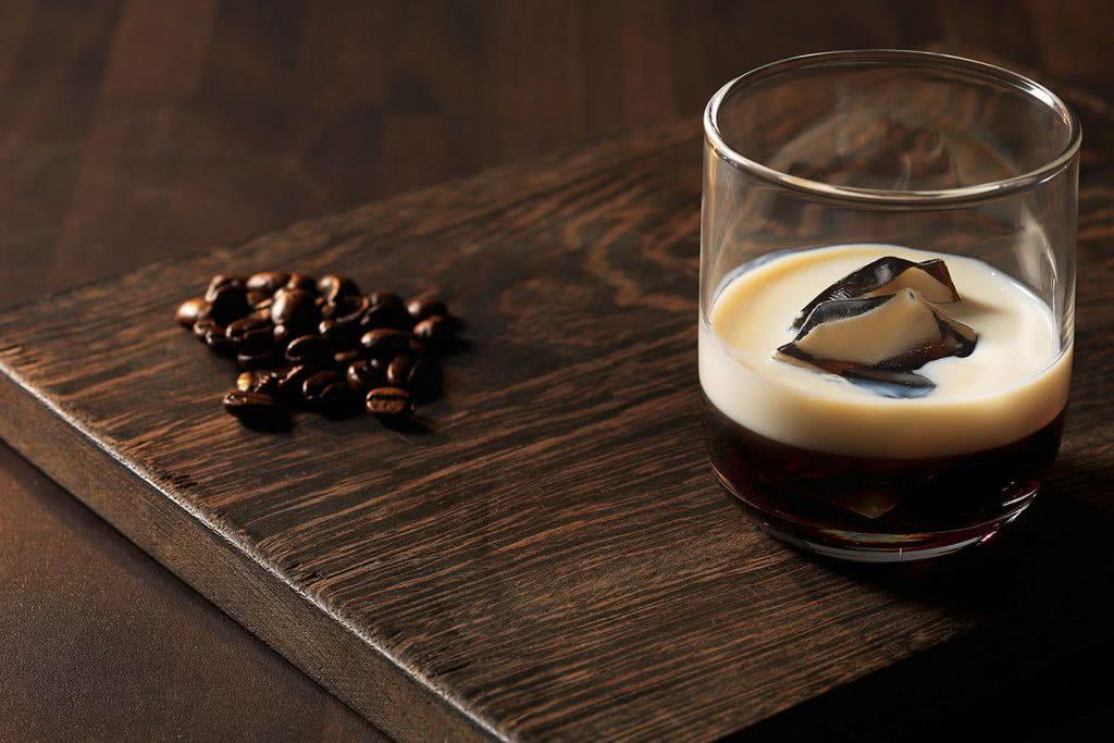 С чем пить шоколадный ликер