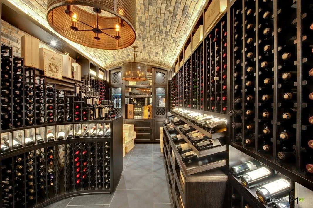 Франция считается родиной виноделия, занимая трете место по производству вина в мире.