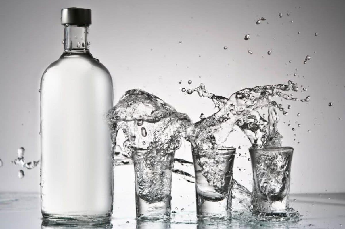Как сделать водку из спирта?