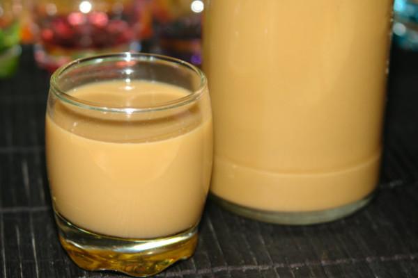 Домашние ликеры со сгущенным молоком