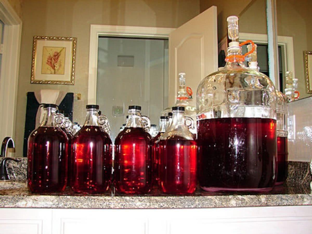Осветление домашнего вина желатином и бентонитом