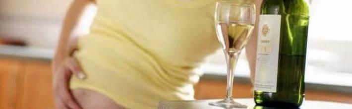 Можно ли алкоголь кормящим мамам?