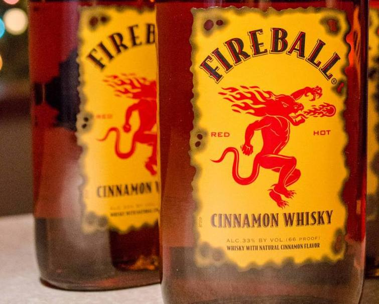Ликер «Fireball» виски