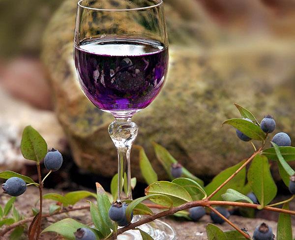 Рецепт настойки из ирги на водке или самогоне